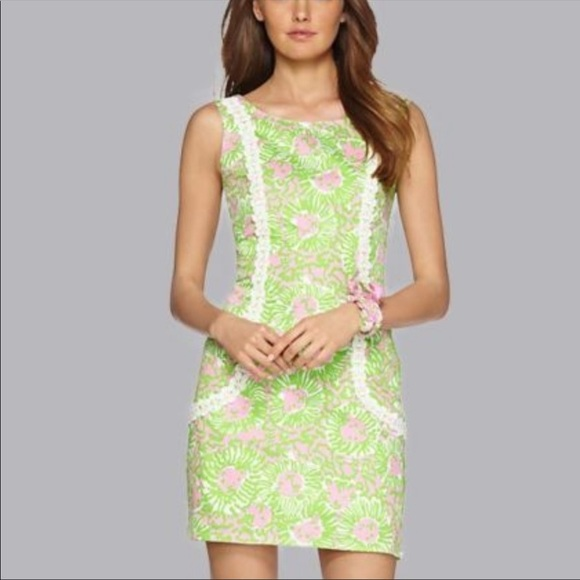 LILY PULITZER Liz Shift Dress in Size 2